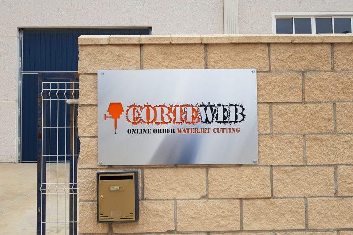 letrero exterior CORTEWEB